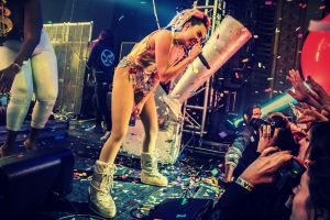 miley cyrus at the riviera chicago 11 19 2015 by joshua mellin 7 Miley Cyrus at the Riviera, Chicago 11 19 2015 by Joshua Mellin 7