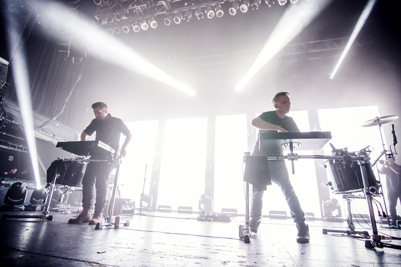 odesza 06 Live Review: ODESZA at NYCs Terminal 5 (11/13)