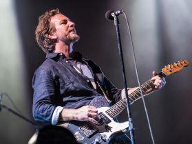 pearljam forosol davidbrendanhall 112815 23 Live Review: Pearl Jam at Mexico City's Foro Sol (11/28)