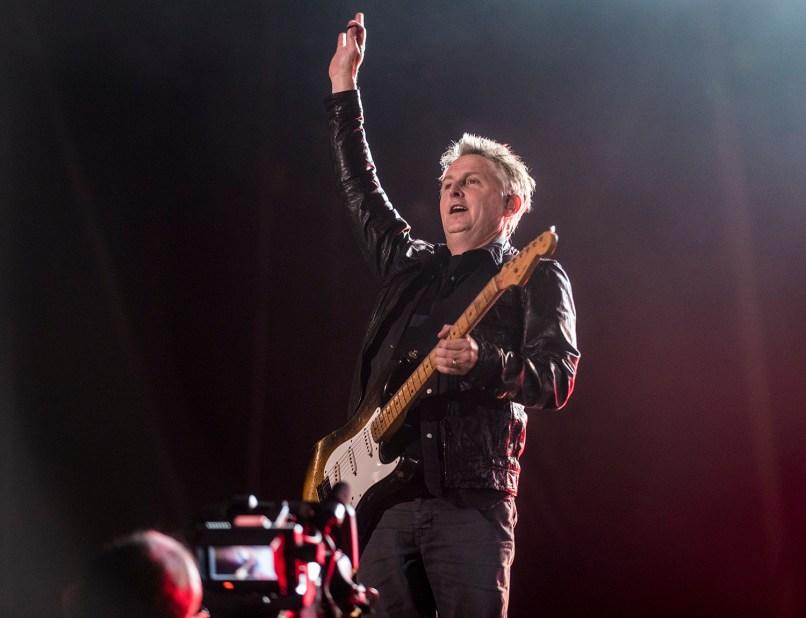 pearljam forosol davidbrendanhall 112815 28 Live Review: Pearl Jam at Mexico City's Foro Sol (11/28)
