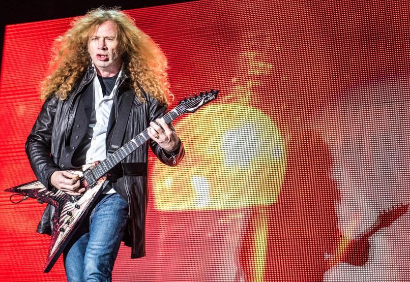 Megadeth_knotfestmexico-davidbrendanhall-120515-02
