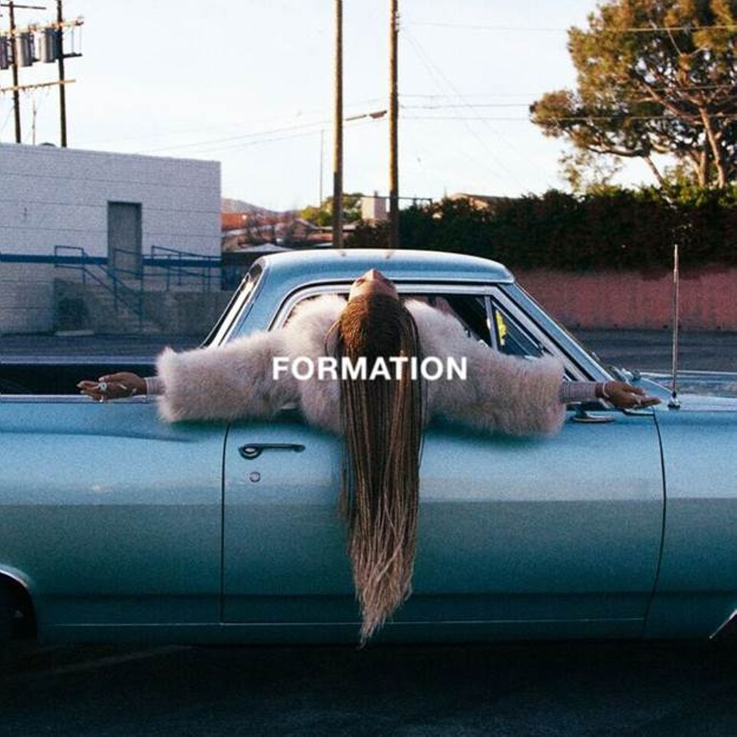 "1035x1035 image003 Beyoncé shares new single ""Formation"" one day before Super Bowl performance    watch"