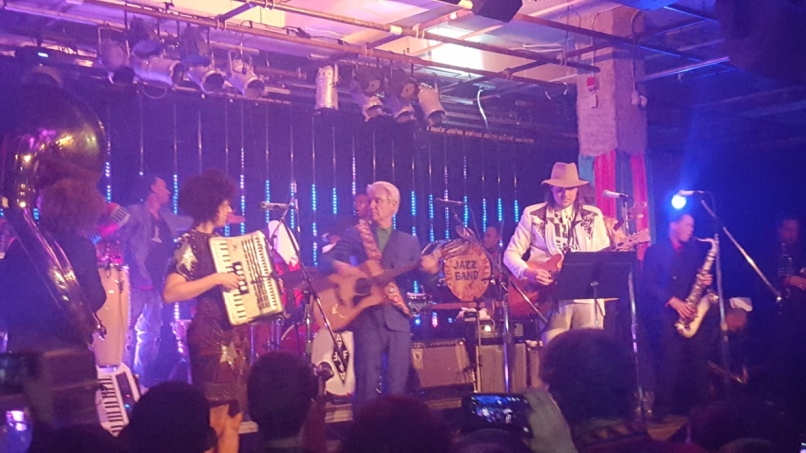 thumb 20160219 235831 1024 Live Review: Arcade Fire and David Byrne at Montreal Kanaval (2/19)