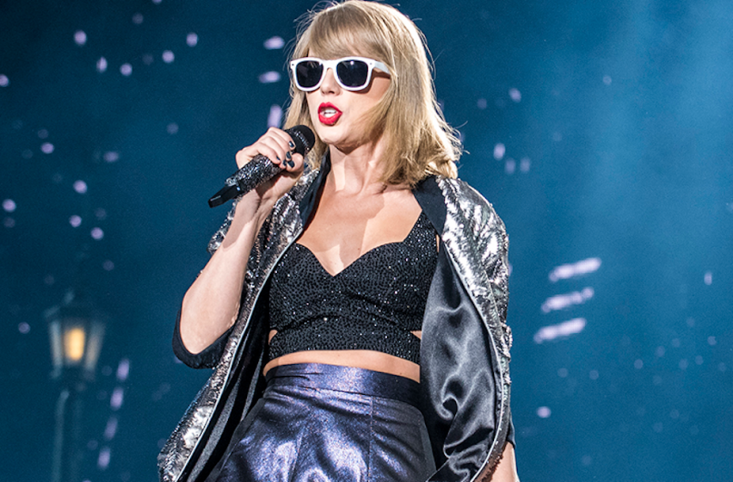 Taylor Swift revisits her 1989 World Tour in video for