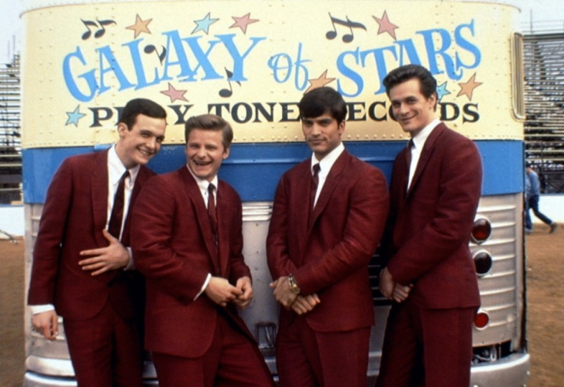 the wonders 10 Fake Movie Bands We Want To Tour