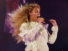 Beyonce, NRG Stadium, photo by David Brendan Hall