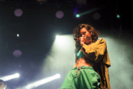 Alunageorge// Photo by Derrick Rossignol