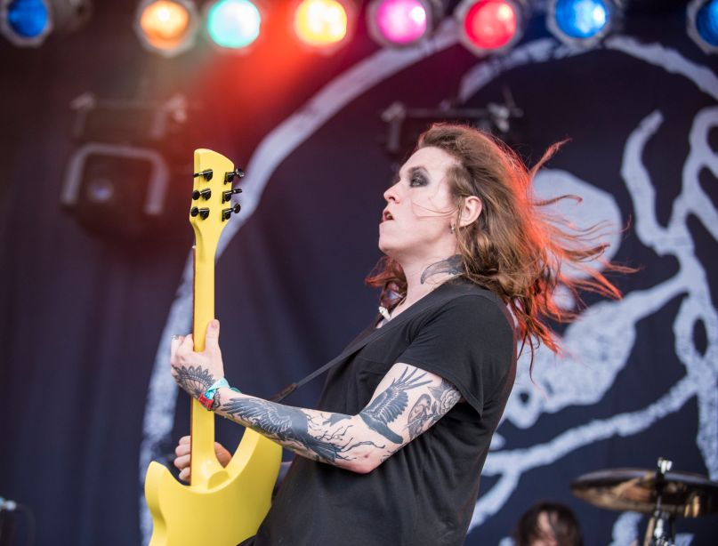 Against Me!'s Laura Jane Grace covers The Mountain Goats