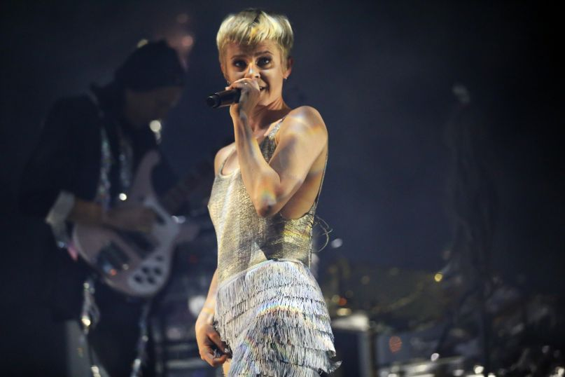 10 Ways Pop Star Robyn Was Ahead of Her Time | Consequence ...Dr Robyn Randall