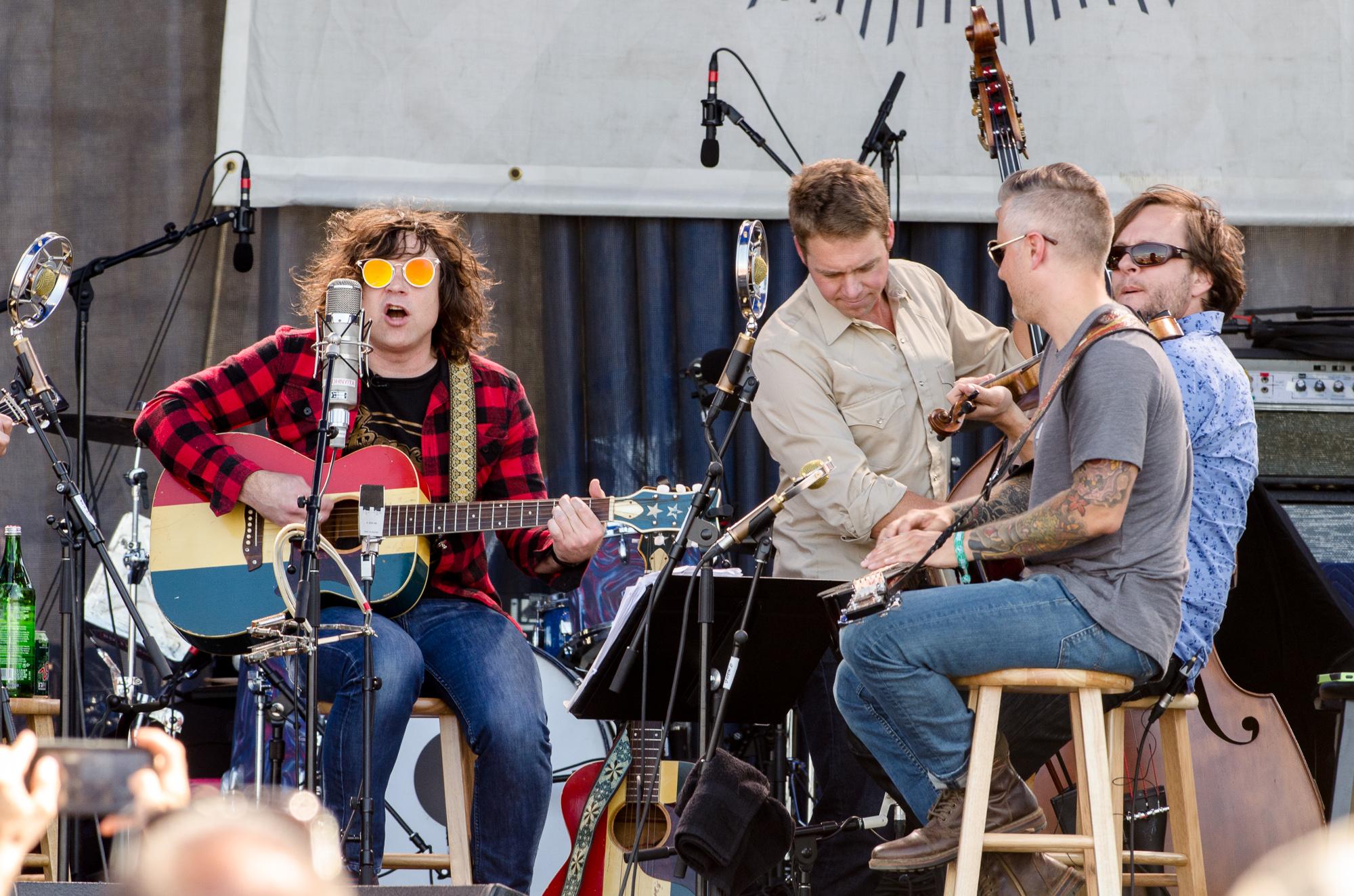 Ben-Kaye-Newport-Folk-Fest-Ryan-Adams-with-The-Infamous-Stringdusters-Featuring-Nicki-Bluhm-3
