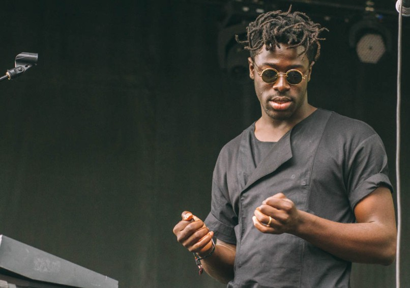 moses sumney   kris fuentes cortes 3 Pitchfork 2016 Festival Review: From Worst to Best
