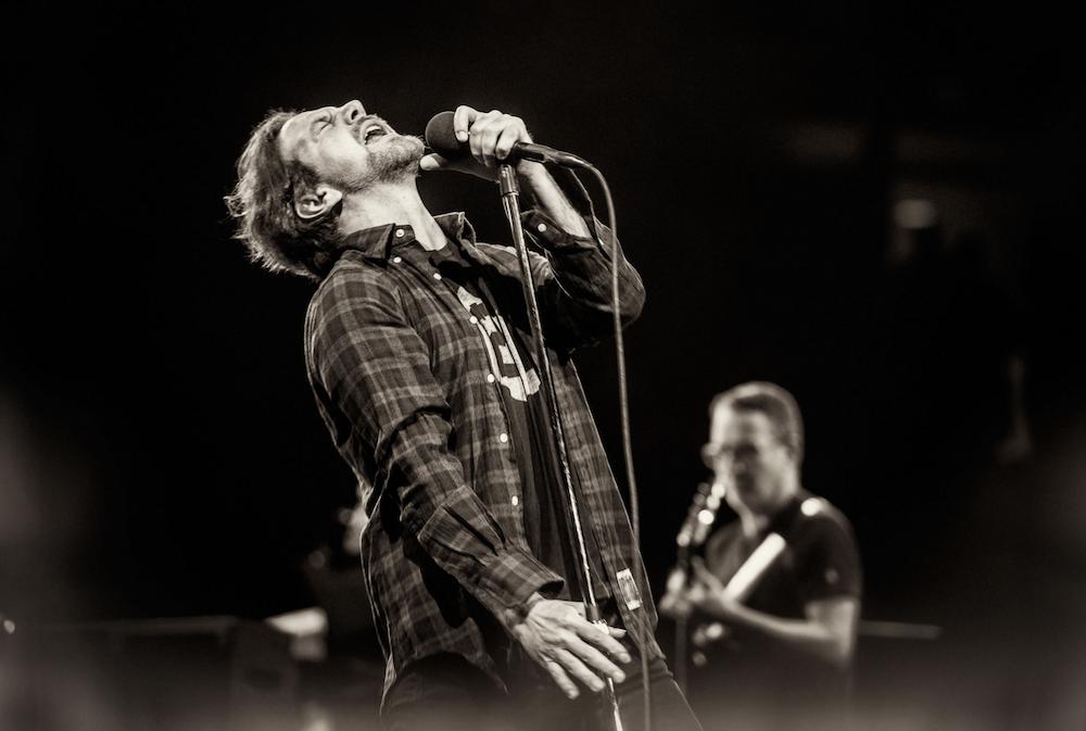 Pearl Jam perform live debut of Eddie Vedder's solo track