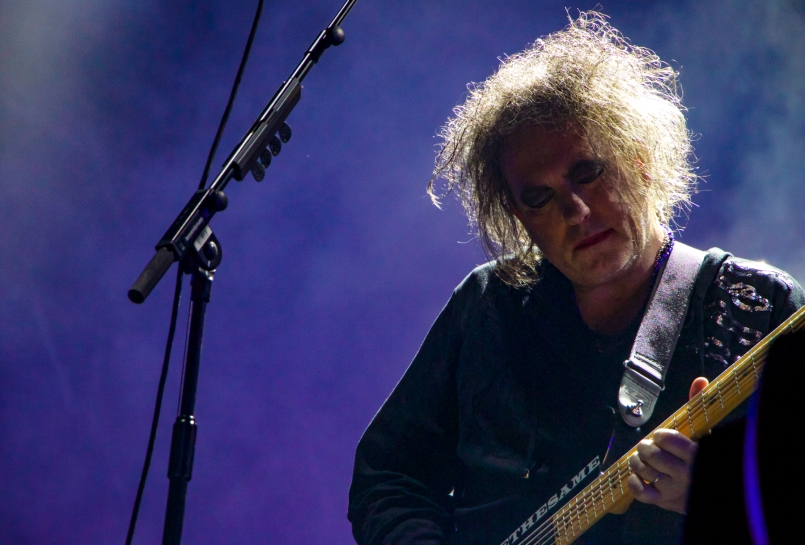 TheCure06LiorPhillips
