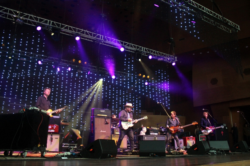 wilco chicago 2016 kaplan 8 A Wilco State of Touring: On Going Acoustic, Rotating Setlists, and Patient Fans