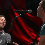 Eddie Vedder Chris Martin