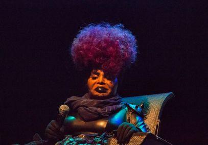 Elza Soares // Photo by Lior Phillips