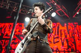 green day 05 The State of Rock at KROQ Almost Acoustic Christmas 2016
