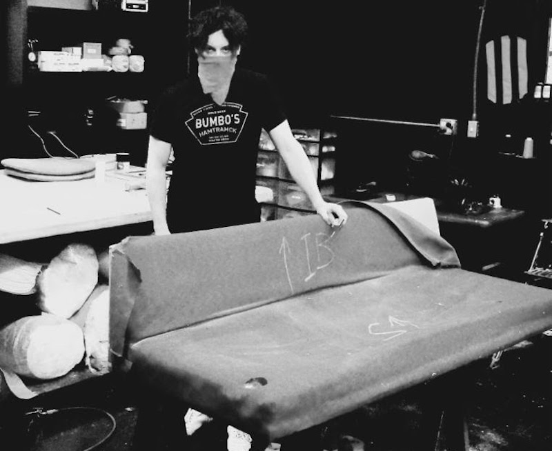 Astounding Jack White Came Out Of Retirement To Reupholster A Record Pabps2019 Chair Design Images Pabps2019Com
