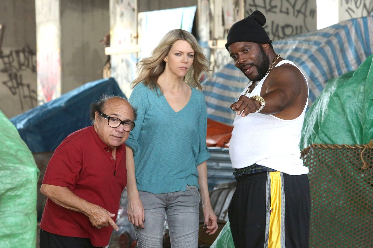 always sunny 1 Its Always Sunny Boldly Tackles Racism in La La Land