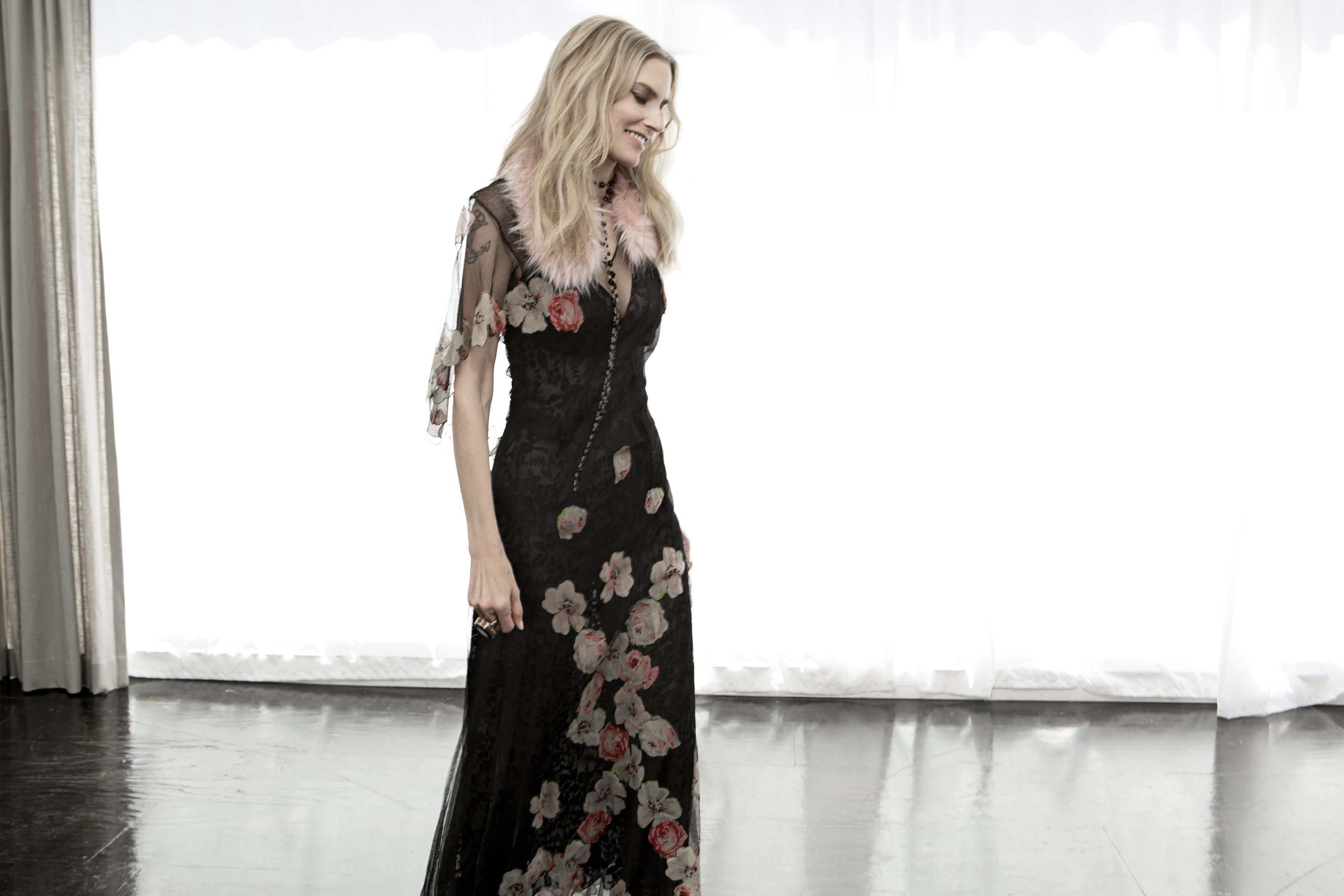 aimee mann The Simple Fix: Aimee Mann on Laughing Through Melancholy