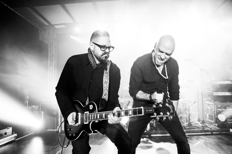 live bw sm credit eric forberger Lightning Crashes: Live on Reuniting, Burying the Hatchet, and Throwing Copper