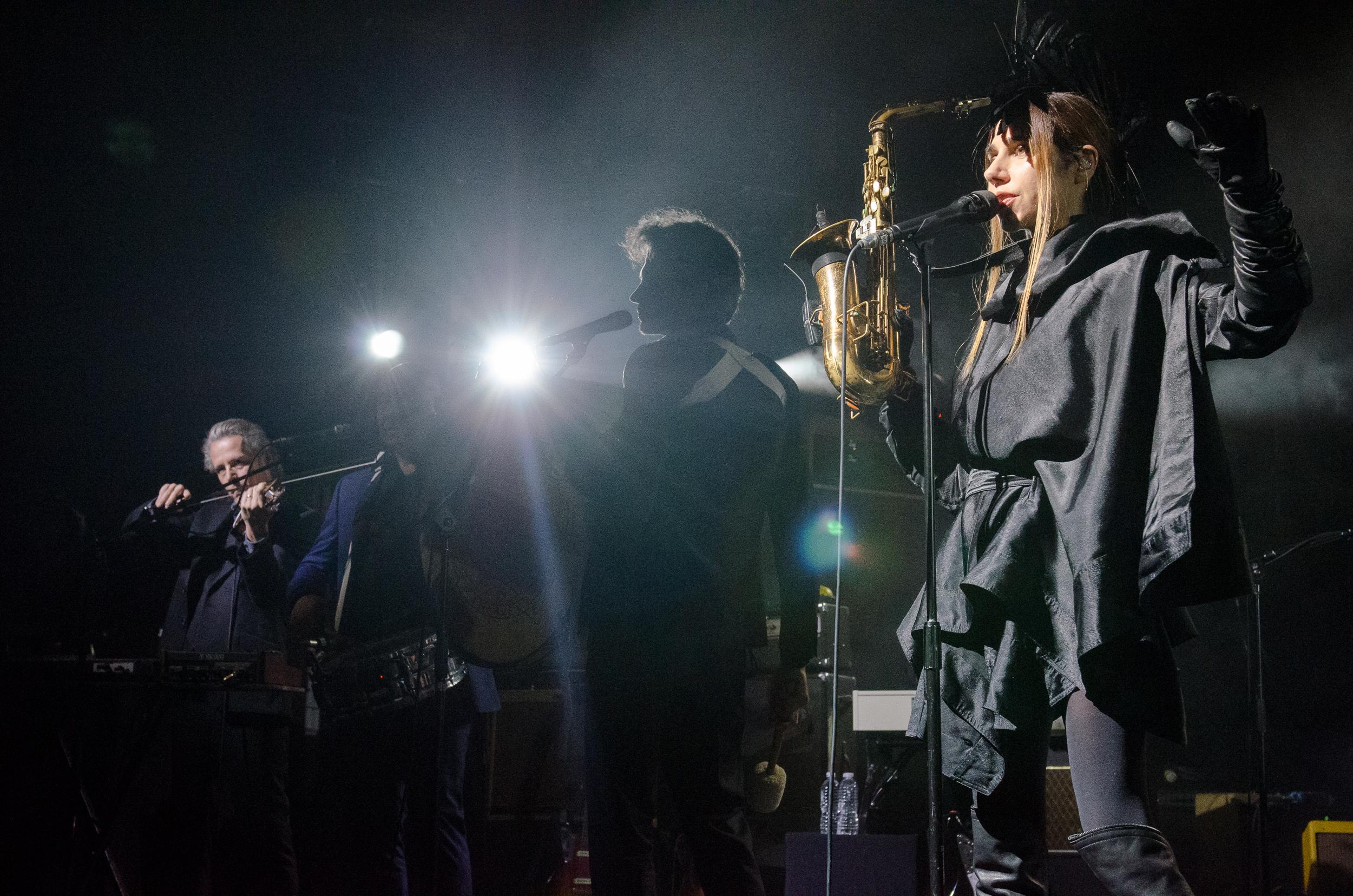 ben kaye pj harvey 6 Live Review: PJ Harvey at New Yorks Brooklyn Steel (4/20)