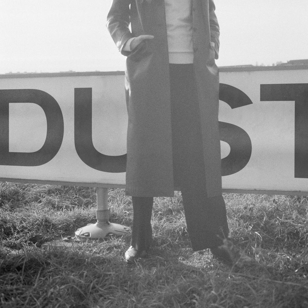 laurel halo dust album Laurel Halo announces new album, shares shape shifting Jelly    listen