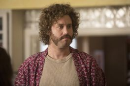 silicon valley 8 Silicon Valley Reboots with Fresh Anxieties and Bigger Laughs