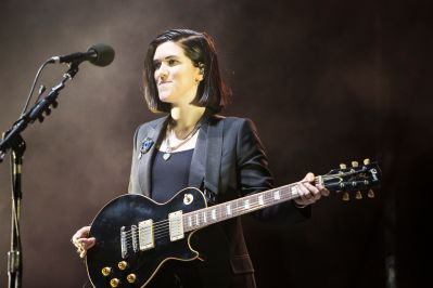 The xx // Photo by Philip Cosores