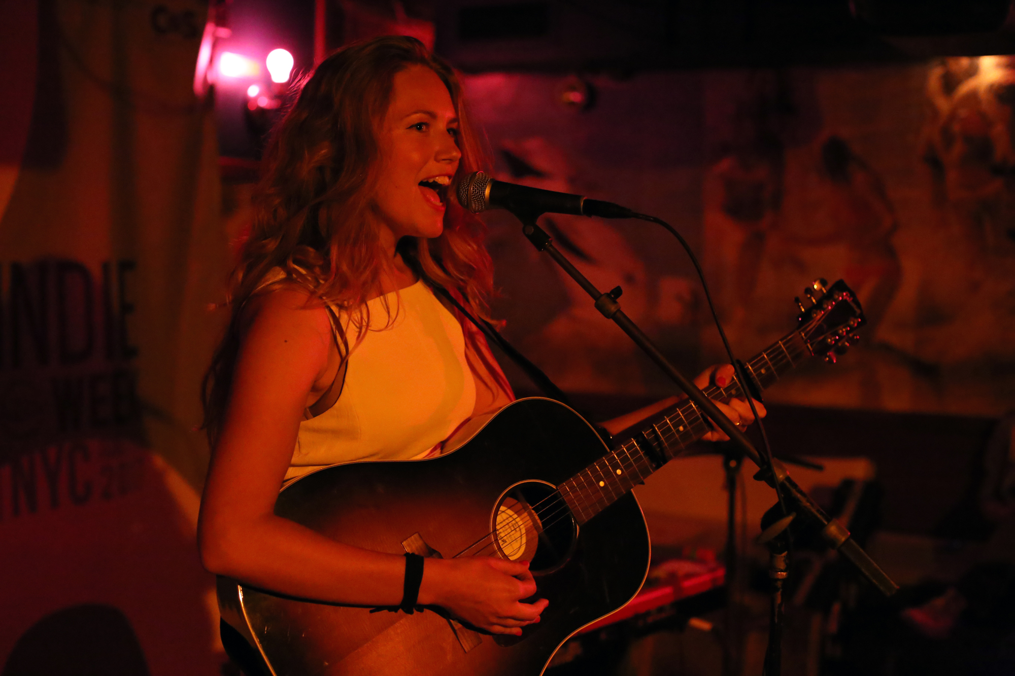 06 megan bonnell Live Review: Reeperbahn Festival Showcase at New York's Pianos (6/7)