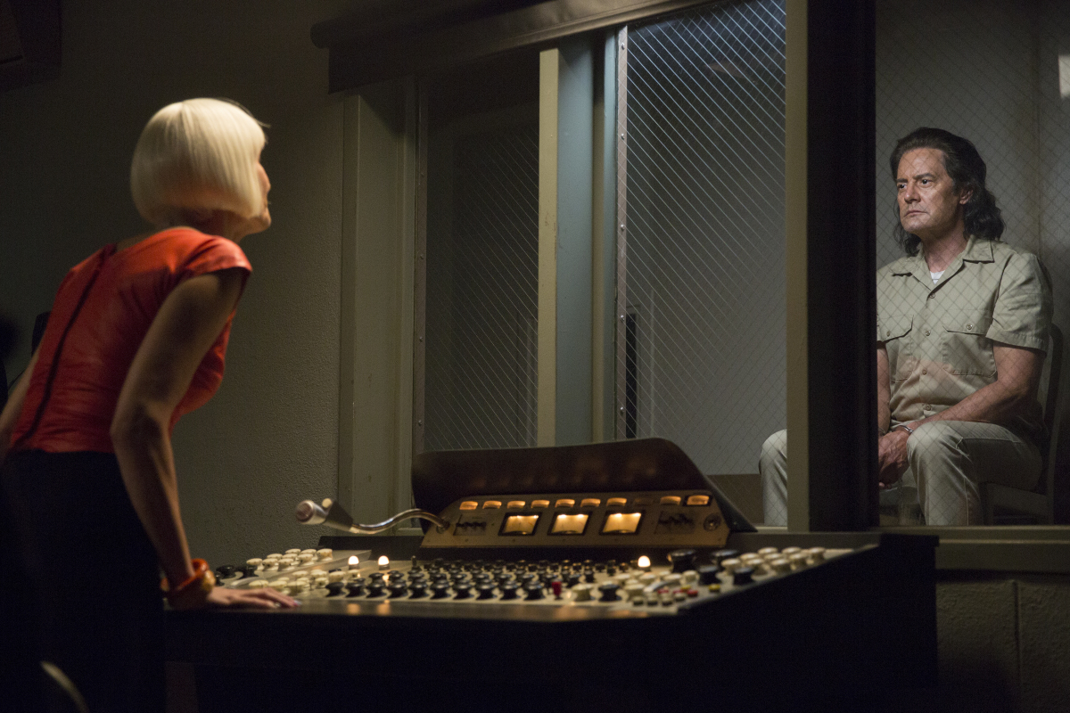twinpeaks 100 05943 r Recapping Twin Peaks: The Return: Part 7