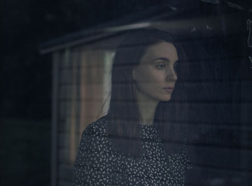 a ghost story rooney mara A Ghost Storys David Lowery on Finding Peace in Purgatory