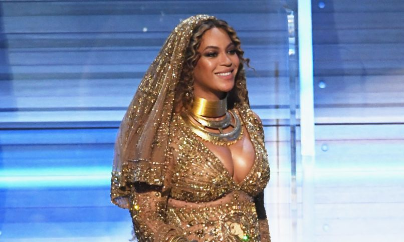 beyonce is officially better at giving anniversary gifts to jay z than you 2 10 More Celebrities We Want to See on Game of Thrones