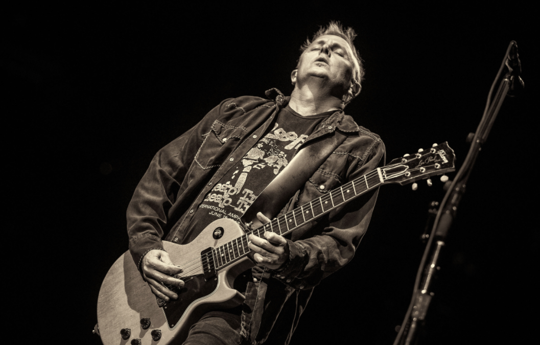 Mike McCready shares new song from The Glamour & The Squalor ...