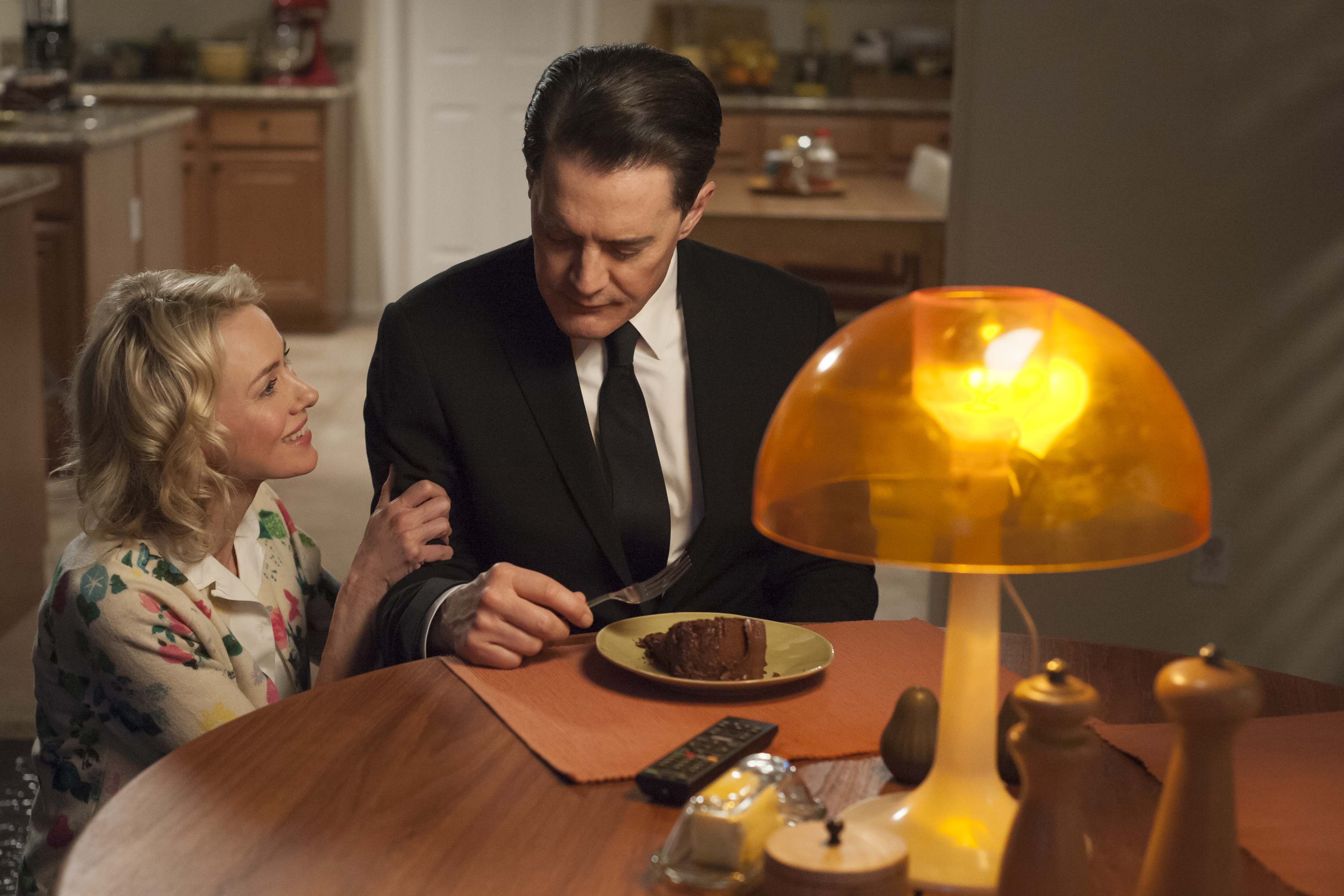 rr 12956 r Recapping Twin Peaks: The Return: Part 15