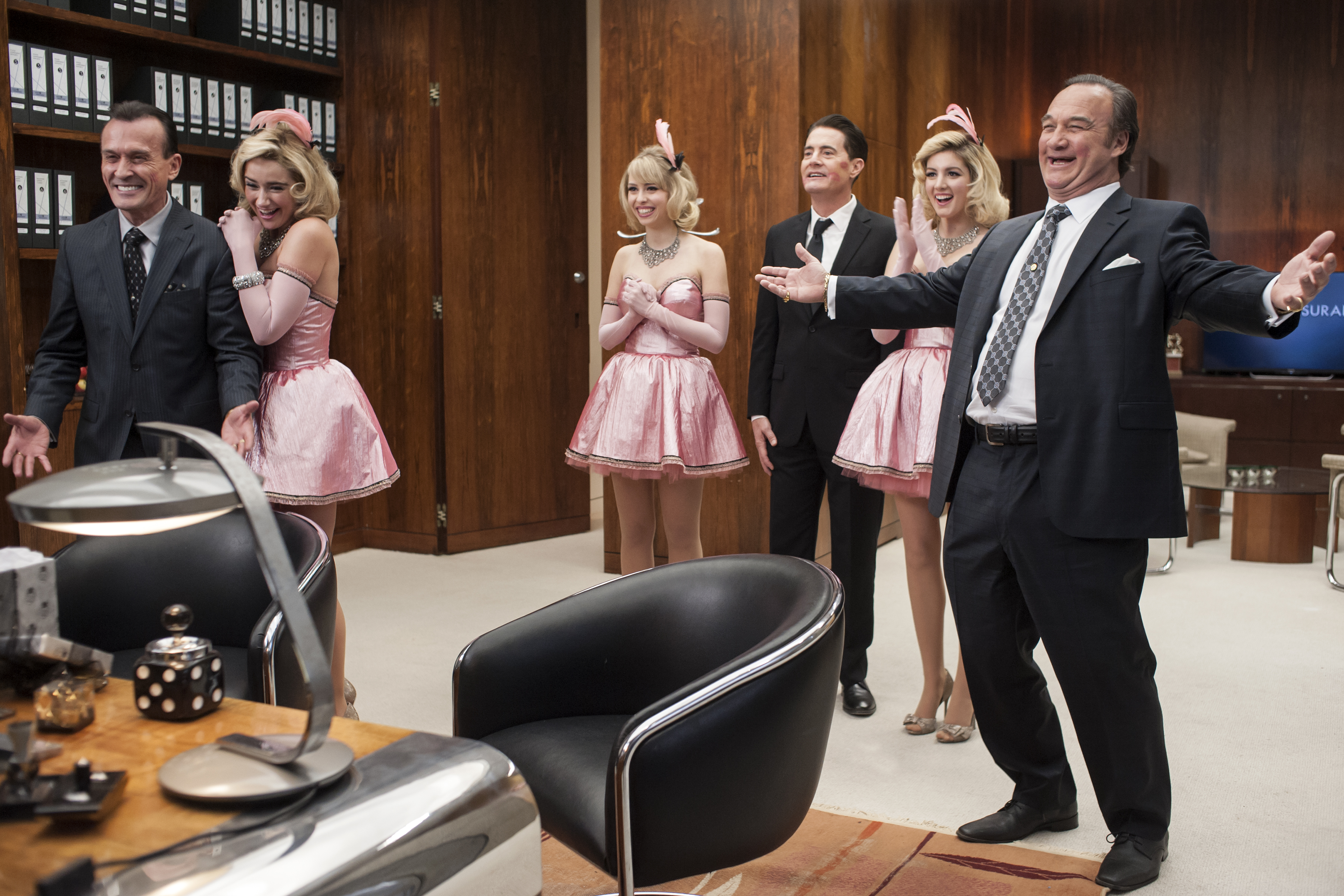 rr 15659 r Recapping Twin Peaks: The Return: Part 13
