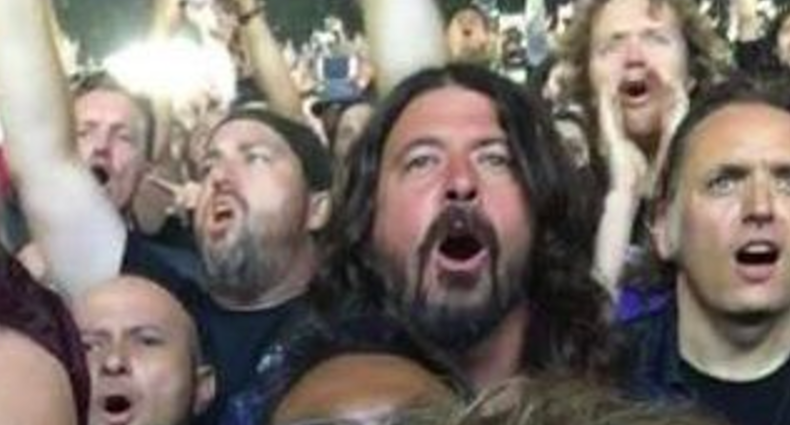 Dave Grohl went to a Metallica concert, and had one hell of