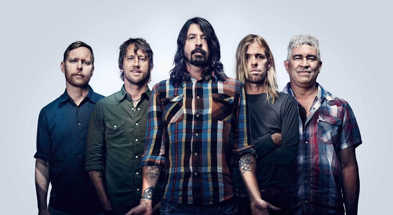 """Foo Fighters premiere new song """"The Line"""": Stream ..."""