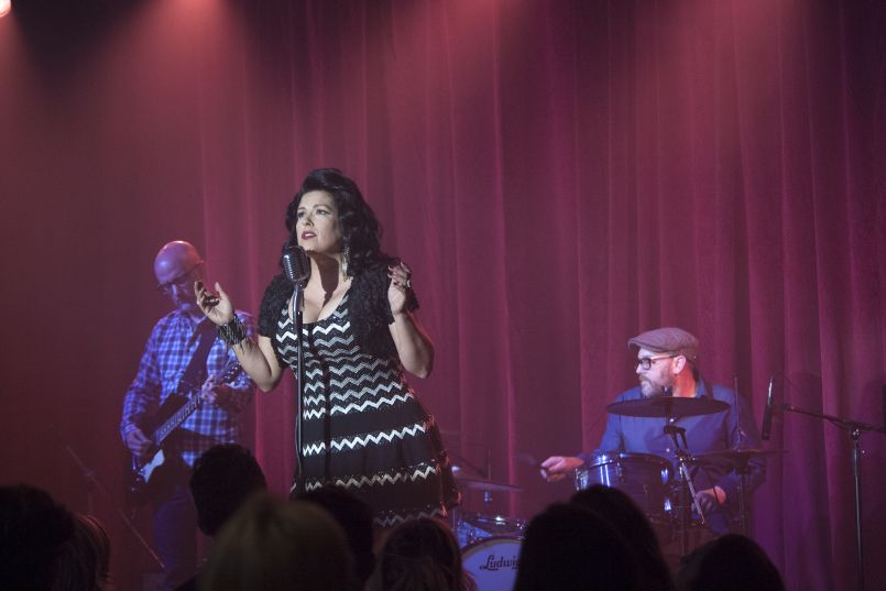 rr 17792 r Stream: Twin Peaks OST with Track by Track Breakdown by Sharon Van Etten, Johnny Jewel, Rebekah Del Rio