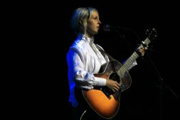 Laura Marling // Photo by Heather Kaplan