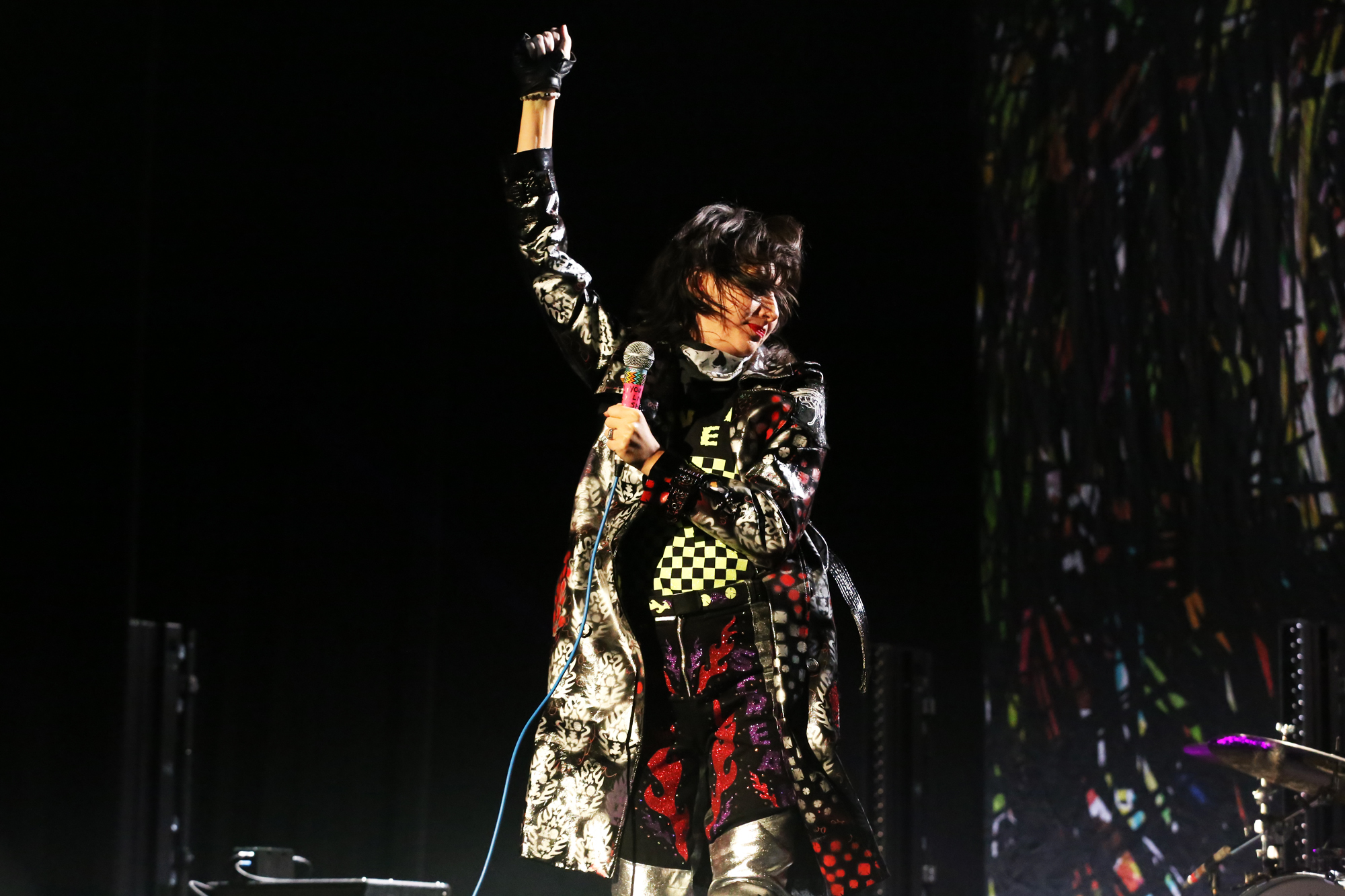 yeah yeah yeahs killian young 14 Live Review: Yeah Yeahs Yeahs Return to NYC for First Hometown Show in Four Years (11/7)