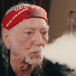 Willie Nelson quits smoking marijuana