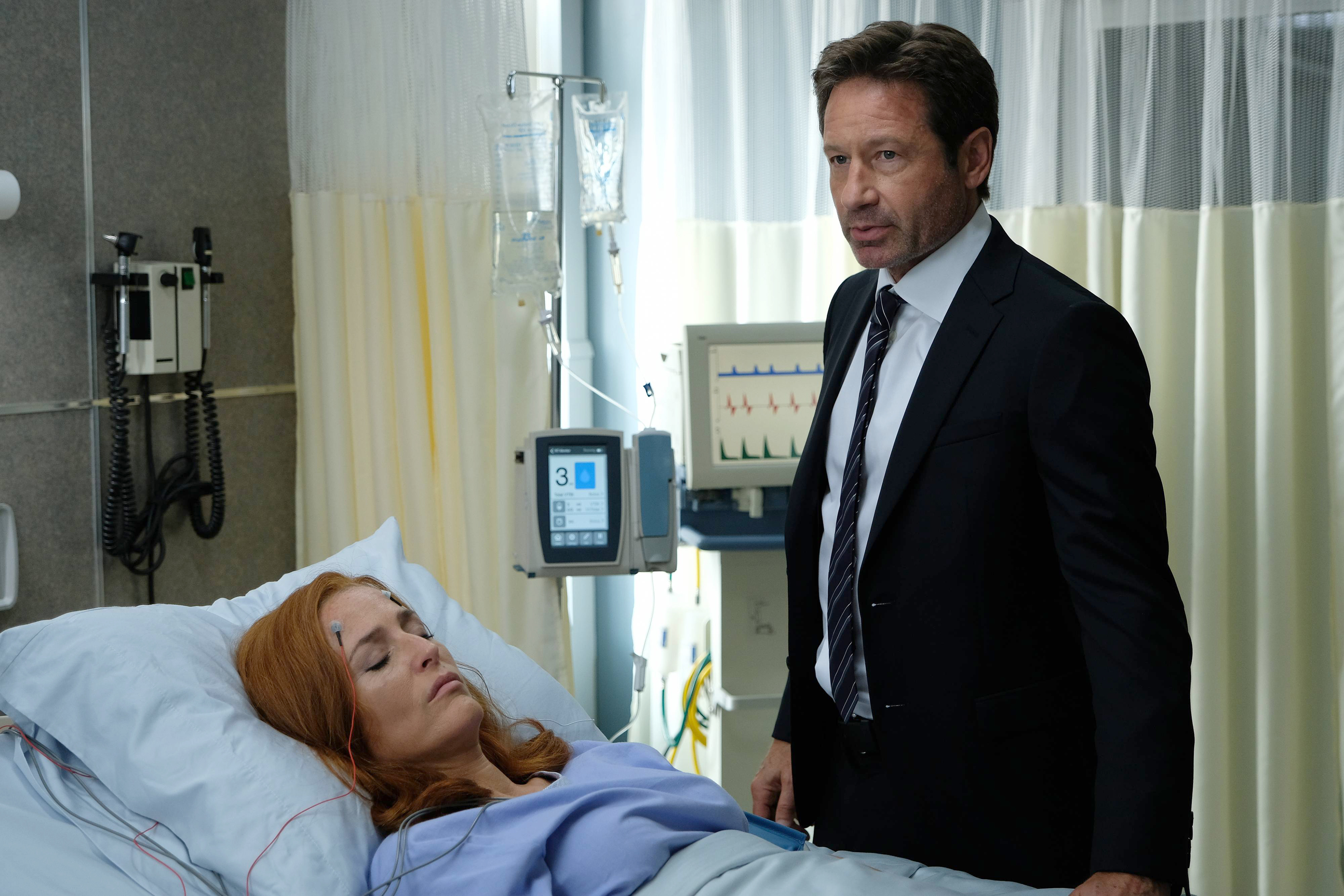 xf s2 201 sc7 rf 0048 hires2 10 Years with David Duchovny: On Loving Garry Shandling, Missing Bonnie Hunt, and Fighting for the Future