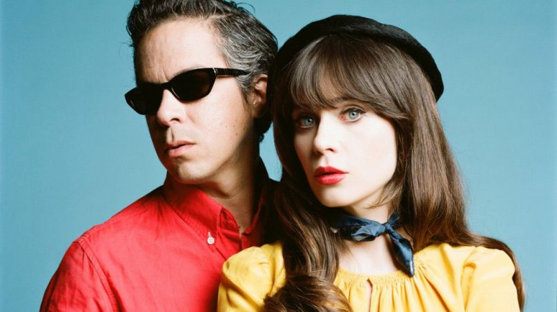 Zooey Deschanel Christmas Album.She And Him Share First New Music In Five Years For