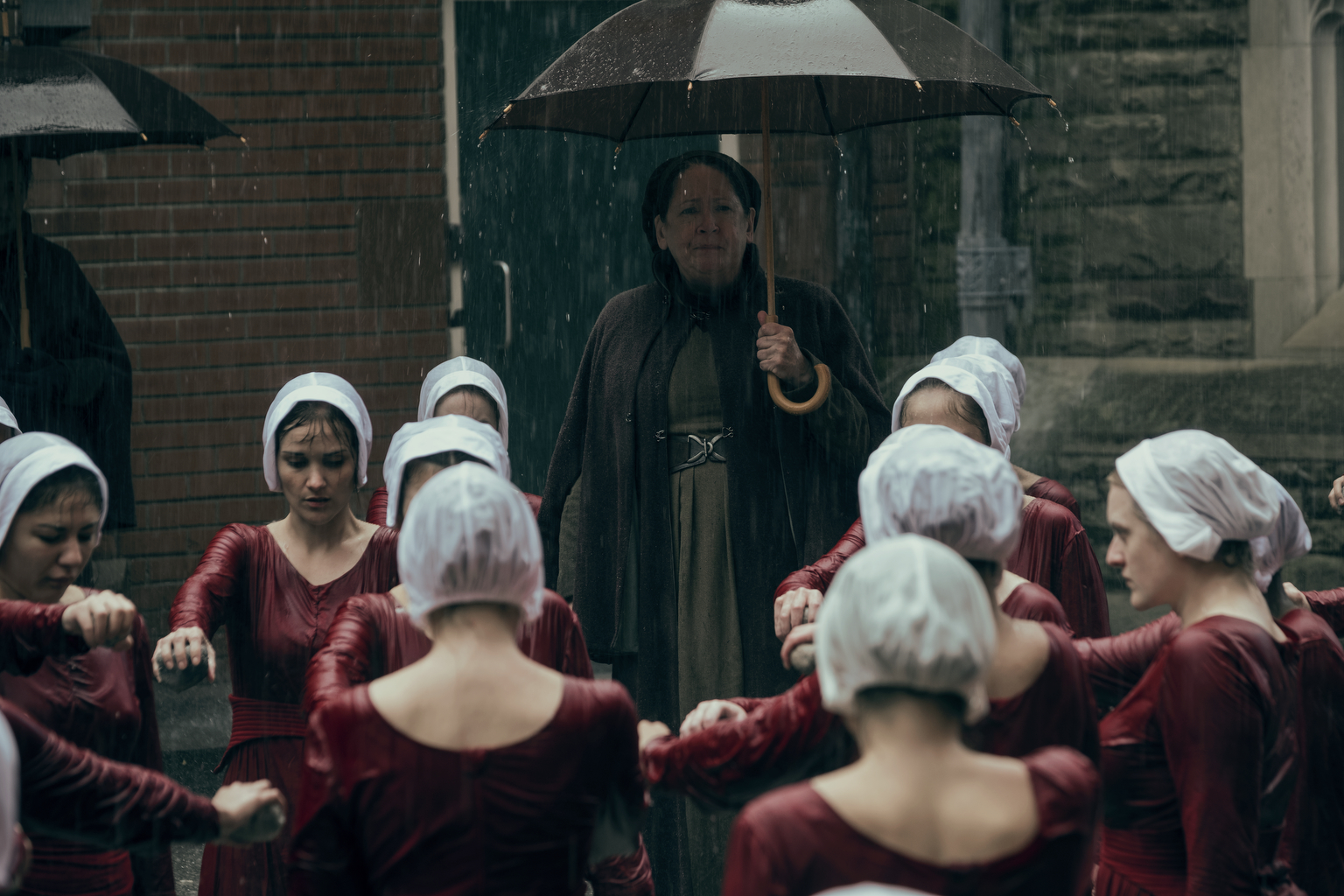 tht 201 gk 1022rt The Handmaid's Tale Finds New, Toxic Ground to Hoe for Season Two