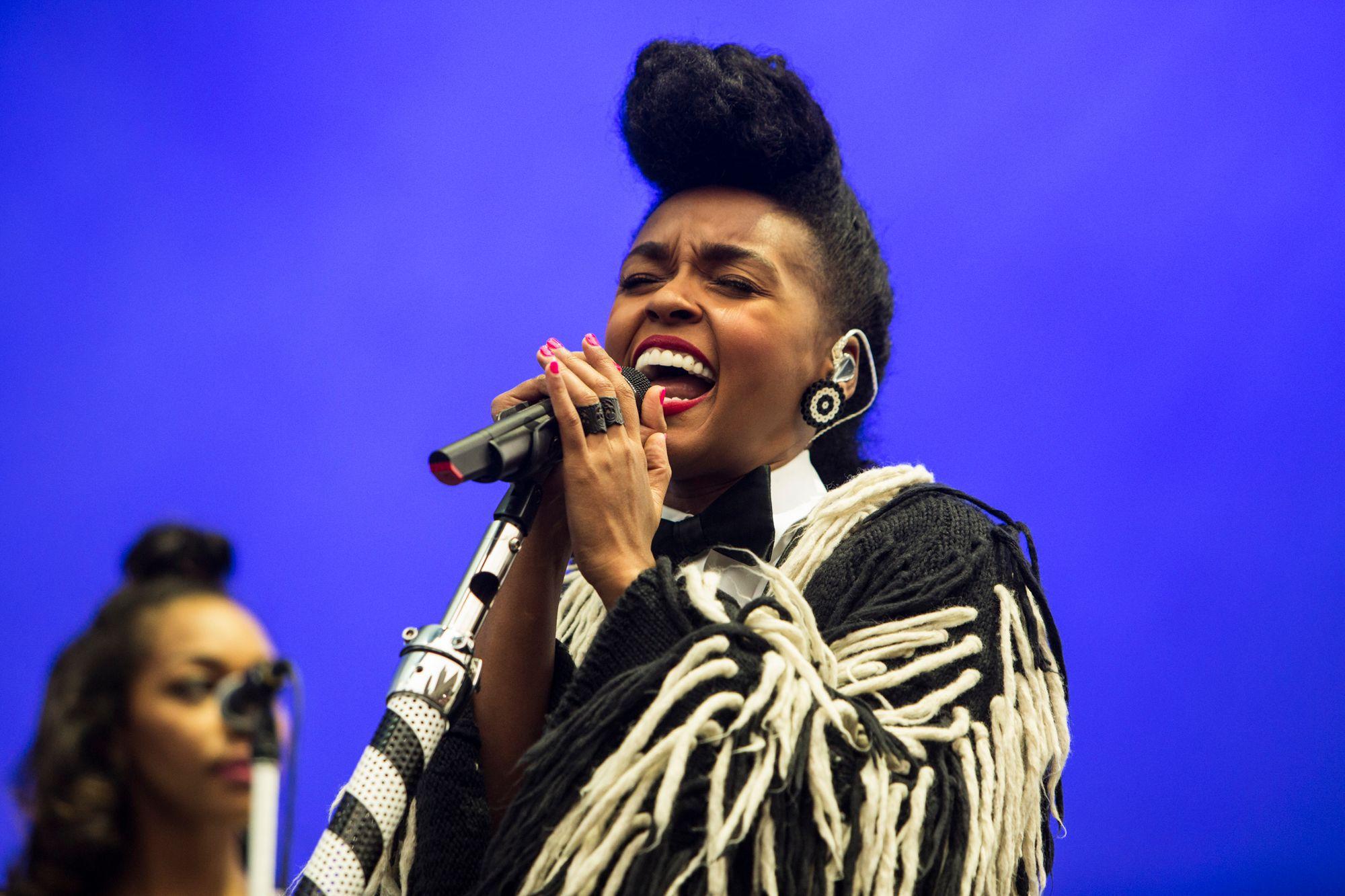 Janelle Monae in concert
