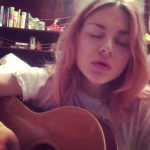 Frances Bean Cobain performing her new song