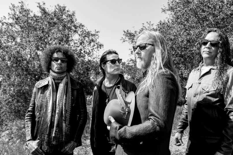 alice in chains new album rainier fog
