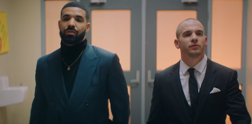 d393bd82959 Drake attends a Degrassi reunion in video for