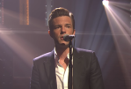 """When You Were Young"" acoustic The Killers' Brandon Flowers on Seth Meyers"